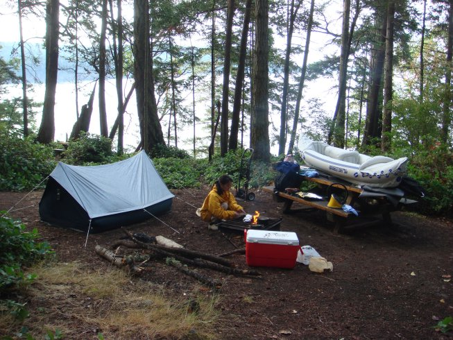 Picnic benches and barbecue pits are provided at the obstruction Pass state park campsites.